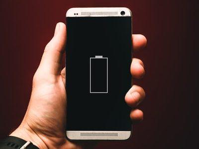 iPhone8のバッテリー交換はどこでする?一番安い・安心・早い方法とは