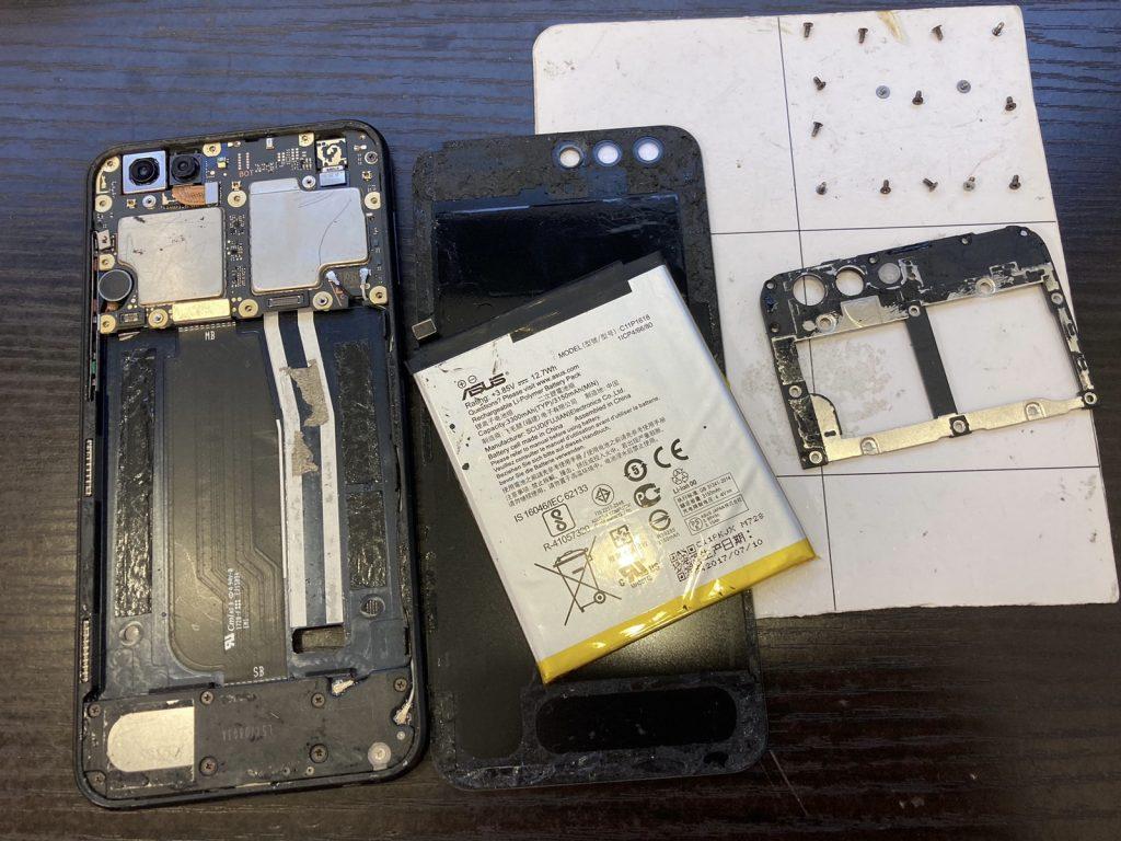 ZenFone4 ZE554KL 画面割れ 画面交換 画面修理 新宿